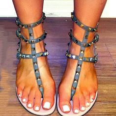 Shoespie Blue Rock Rivet Thong Flat Sandals