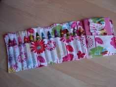 a new take on the crayon roll.