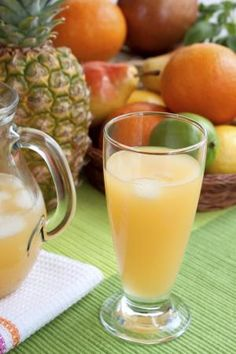 RECIPE: Digestion Juice- This fruit juice recipe (made with kiwis, apples, pineapples and grapes) is high in fiber and helps aid digestion, boost metabolism and rehydrate dry skin.