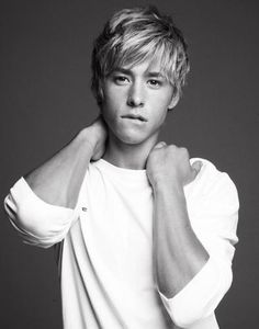 Cool Blonde Messy Hairstyles for Teen Boys from Mitch Hewer Boy Haircuts Long, Teen Boy Hairstyles, Haircuts For Men, Messy Hairstyles, Hairstyle Men, Formal Hairstyles, Cool Blonde, Blonde Boys, Mitch Hewer