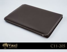 Add some custom cow #leather to your computer with our hand-stitched laptop sleeves. What do you think? vauci.com