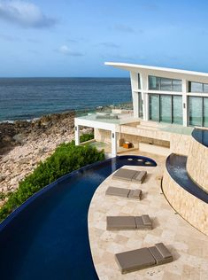 The Villa Kishti boasts four bedrooms, four bathrooms and a generously-sized infinity pool neighboring the sea. Especially designed by the creative team at Cecconi Simone to serve as a luxurious holiday retreat, the residence is currently available for rent, at a jaw-dropping cost of $2,900 per night.