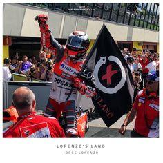 Lorenzo's Land Flag - GP Racing Apparel - MotoGP Official Merchandise   #JorgeLorenzo #Lorenzosland #Ducati #Mugello #ItalianGP Motogp, Ducati, Races Outfit, Cars And Motorcycles, Captain America, Smooth, Racing, Marvel, Hoodie