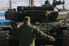Кремль дрогнул, но войска тренируются захватывать Украину