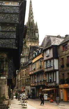 Quimper ~ Brittany, Francie by Flossie