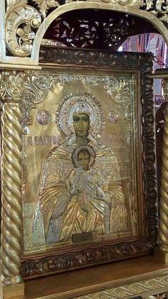 Icon of Panagia Eleftherotria Religious Symbols, Religious Art, Orthodox Catholic, Gothic Dolls, Byzantine Art, Holy Mary, Madonna And Child, Art Icon, Orthodox Icons
