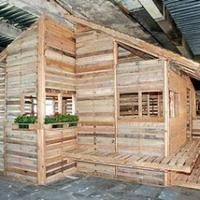 Shipping Pallets given new life