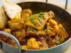 * Oosters Stew from Chicken * Indian Food Recipes, Asian Recipes, Ethnic Recipes, Dutch Recipes, Keto Recipes, Easy Family Meals, Easy Meals, Healthy Dinners, Low Carb Brasil