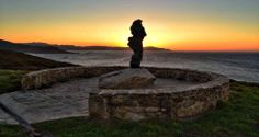 "Puesta de sol desde la escultura "" A Espera"""