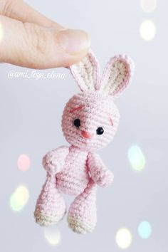 Crochet bunny amigurumi Make this little bunny with this free amigurumi pattern. The crochet bunny is small enough to fit in child's palm. Crochet Bunny Pattern, Crochet Rabbit, Crochet Mouse, Crochet Patterns Amigurumi, Amigurumi Doll, Crochet Dolls, Crochet Simple, Free Crochet, Easter Crochet