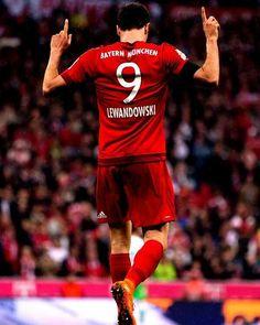 Robert Lewandowski ha anotado 22 goles en sus últimos 23 partidos con el Bayern Múnich. El killer polaco.