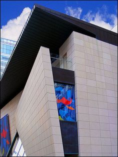 Bata Shoe Museum Toronto. I take comfort in the fact that my city has a museum full of SHOES!!!!