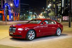 Rolls-Royce is a car company that never does things by halves. When the car company announced that it was going to release the Rolls-Royce Wraith, its fastest road going car ever, it had the motoring world excited. Rolls Royce Wraith, Rolls Royce Coupe, Rolls Royce Cars, Rolls Royce Phantom, Ferrari F40, Lamborghini Gallardo, Maserati, Wraith Car, Rolls Royce Models