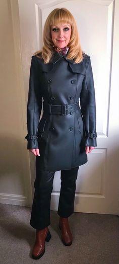 Jackets, Trench Coats, Hamilton, Hair, Fashion, Down Jackets, Moda, Fashion Styles, Fashion Illustrations