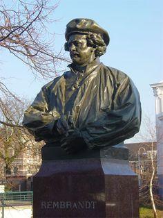 Standbeeld van Rembrandt, in 1906 geplaatst op de Witte Singel in Leiden. Beeldhouwer Toon Dupuis.