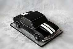 here is an idea for a cool cake; I need to check this site out!
