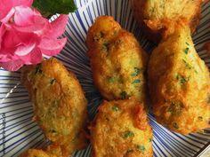 Eine kleine Köstlichkeit aus Portugal zum Rudelgucken oder für einen gemütlichen Abend auf dem Balkon: fritierte Bällchen aus Bacalhau.