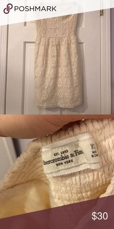Abercrombie and Fitch strapless Lace dress Worn only once! Abercrombie & Fitch Dresses Mini