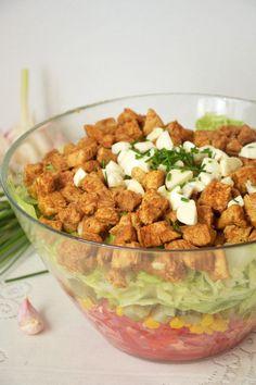 Sałatka gyros z mozzarellą Salad Recipes, Keto Recipes, Cooking Recipes, B Food, Frugal Meals, Keto Meal Plan, Mozzarella, Food Inspiration, Italian Recipes