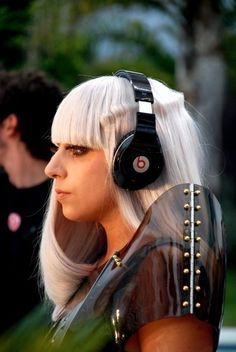 Beats in the Pokerface video Poker Face, Lady Gaga Pictures, Tv Icon, New York City Manhattan, Video Poker, My Princess, Music Is Life, Role Models, In This World