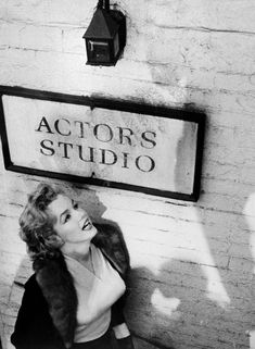 Marilyn at the Actors Studio in 1955.  I don't know if it's ever possible for Marilyn to take a bad photograph.