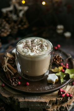 All You Need Is, Healthy Bars, Christmas Drinks, Frappuccino, Latte, Coffee Break, Yummy Drinks, Hot Chocolate, Smoothies
