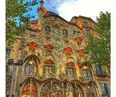 Antonio Gaudi's Casa Batlló | Más de 1000 imágenes sobre GAUDI y MODERNISMO- ART DECO en Pinterest ...