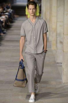 Bananas Models: Hermes - *PARIS* Spring/Summer 2013 baseball/ gray/ bag