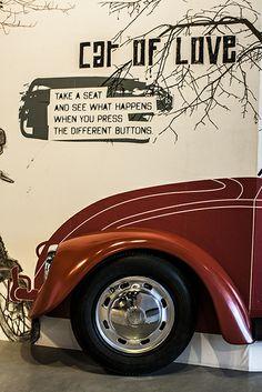 Samochód miłości / Car of love  Wystawa: Re: generacja
