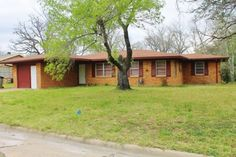 Close to Texas A M University - August move in