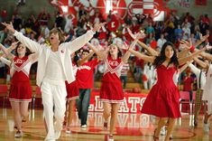 """And the greatest message of all becomes clear, """"We're all in this together!""""   23 Reasons """"High School Musical"""" Can Never Be Topped"""