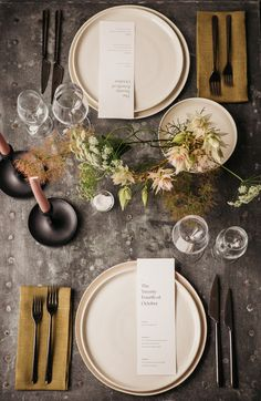 Elegant & Minimal Autumnal Wedding Inspiration