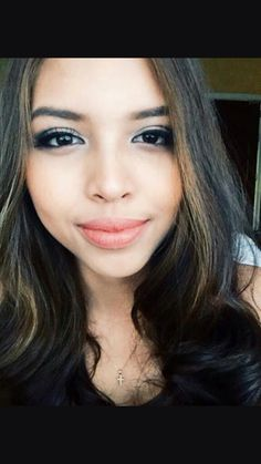 Maine Mendoza a.a Yaya Dub Maine Mendoza Outfit, Alden Richards, Better Half, Filipina, Look Alike, Girl Crushes, Lady, Pretty, Model