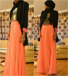 Beautiful and modest. This girl knows how to pair colors and patterns