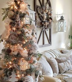 177 best christmas tree color schemes images in 2019 white rh pinterest com