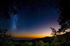 Milky Way rising over Salida Colorado Beautiful World, Beautiful Places, Beautiful Sky, Amazing Places, Beautiful Landscapes, Salida Colorado, Edge Of The Universe, To Infinity And Beyond, Milky Way