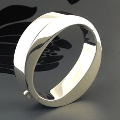 Chunky round sterling silver bangle