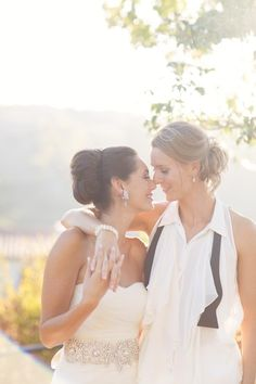 Malibu Wedding from Annie McElwain Read more - http://www.stylemepretty.com/2013/04/17/malibu-wedding-from-annie-mcelwain/
