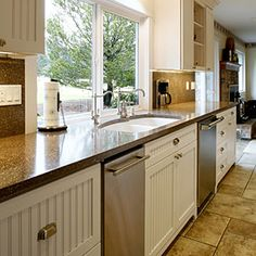 Earth-friendly kitchen counters | Fuez | Sunset.com