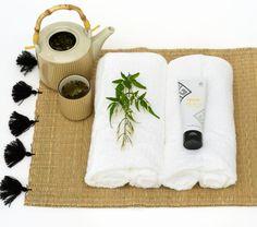 yin yang mask epoch 8 Dry Face, Skin Detox, Bentonite, Beauty Guide, Epoch, Iron Oxide, Yin Yang, Face Care, Shea Butter