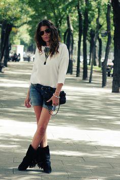 asi viste la directora de moda de Vogue: camisa de Angel Schlesser
