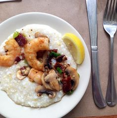 Shrimp 'n Grits, Lowcountry staple at Hominy Grill. #bagrubcrawl