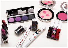 MAC Archie's Girls Collection Photos & Swatches <3