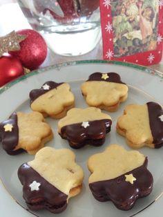 Sweet Kwisine: Les petits sablés à l'orange nappés de chocolat noir