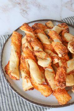 Bread Baking, Cheddar, Tapas, Recipies, Dessert, Snacks, Eat, Ethnic Recipes, Baking