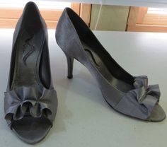 """""""NINA"""" SIZE 7.5 OPEN TOE SILVER HEELED SHOES - PLEASE SEE ALL PICTURES #MINA #PumpsClassics"""