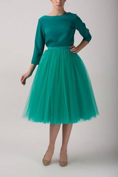 High-quality emerald long tulle skirt MADE TO ORDER, also good as petticoat. Made of high quality european soft tulle and satin. Perfect for