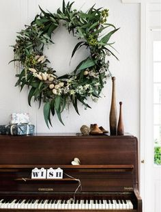 8 ideas for decorating a small house or apartment this Christmas