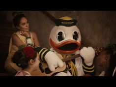 Nike Creates Star-Studded 'Animal House'-Style Commercial for Oregon Ducks | Bleacher Report