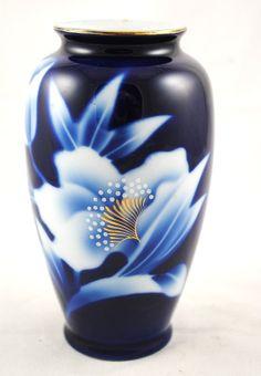 1940s Cobalt Blue Fukagawa Floral Floral Hand Painted Japanese Vase